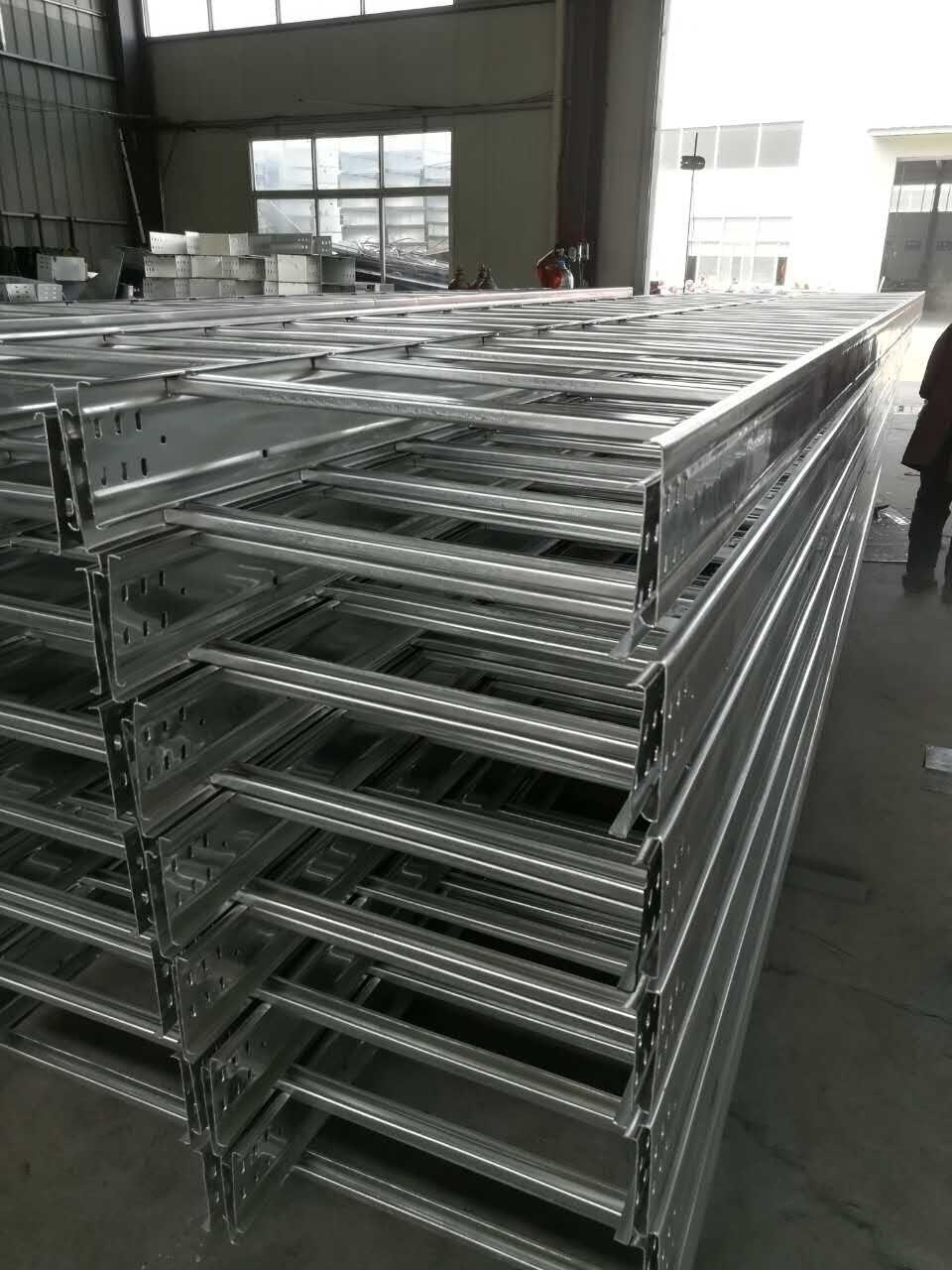 热浸锌桥架供应商
